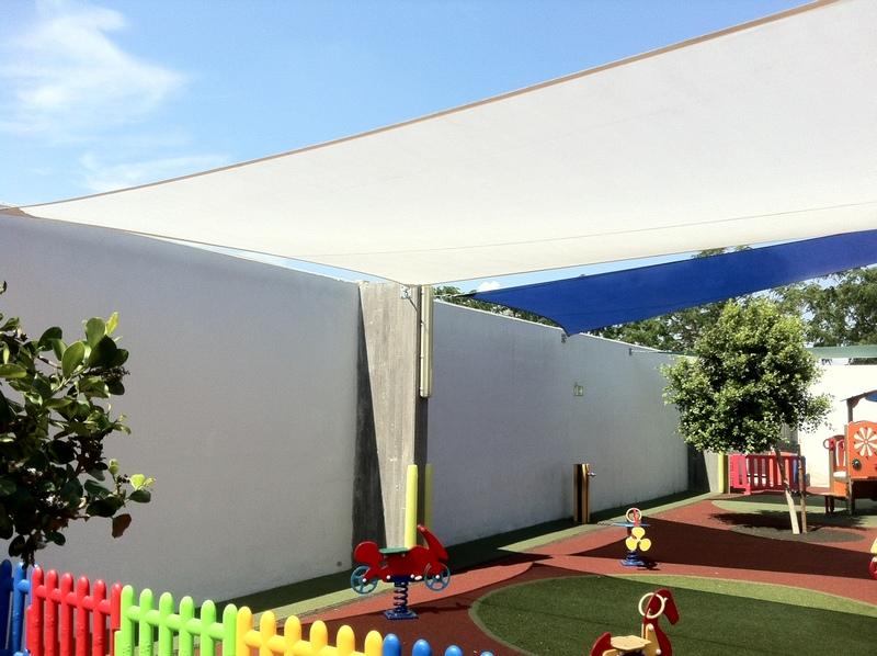 Lona para patio lona para patio with lona para patio for Toldos de lona para patios