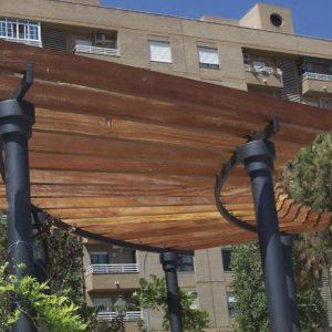equipamiento_medioambiental_pergolas_madera_acero_campanar_1