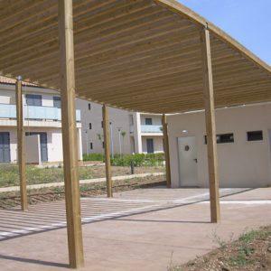 equipamiento_medioambiental_pergolas_madera_curva_1